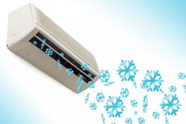 Dépannage urgent de climatiseur réversible Whirlpool 24h/24 à Cannes
